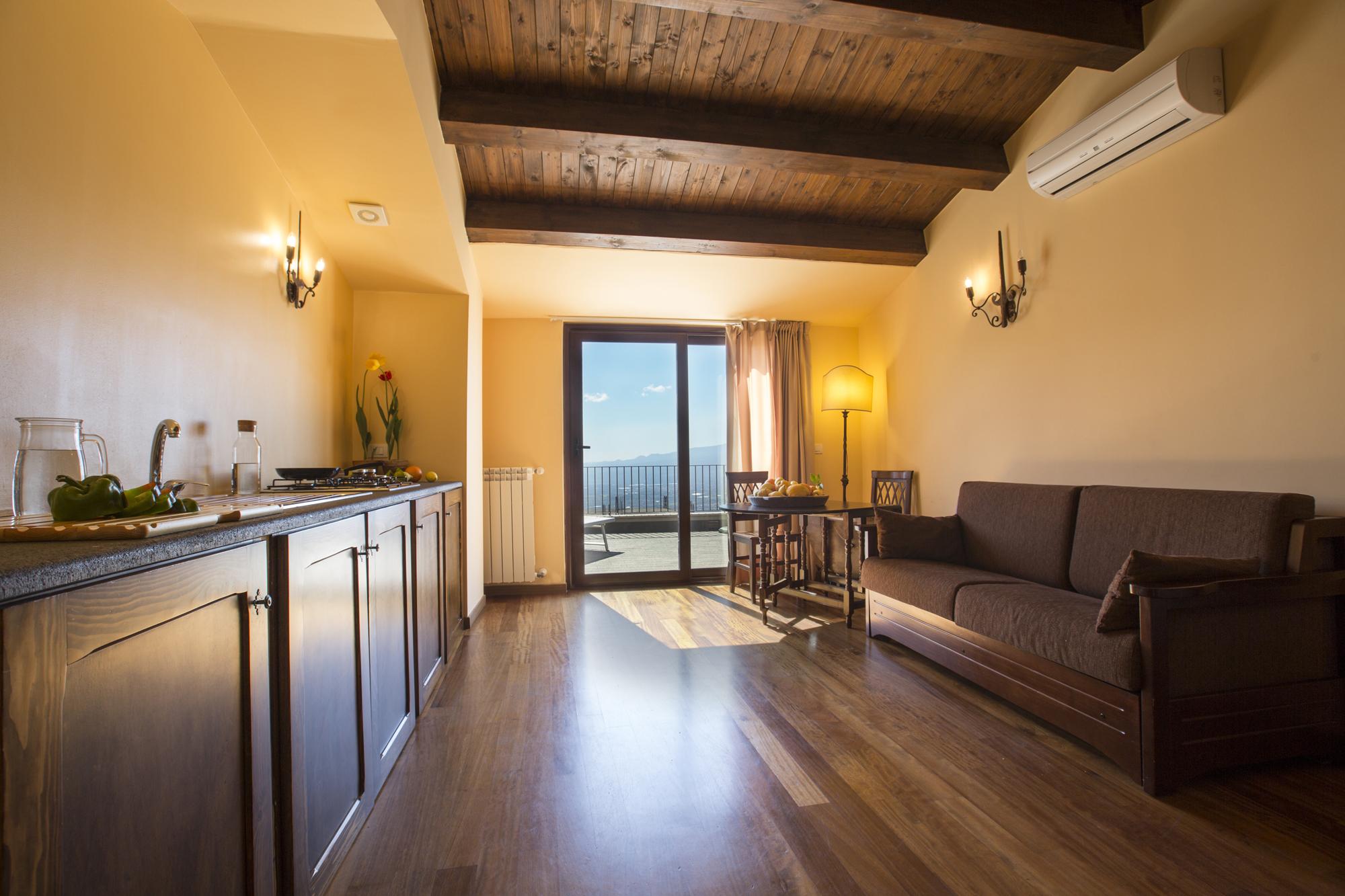 Camere appartamenti de charme taormina castelmola for Appartamenti sicilia