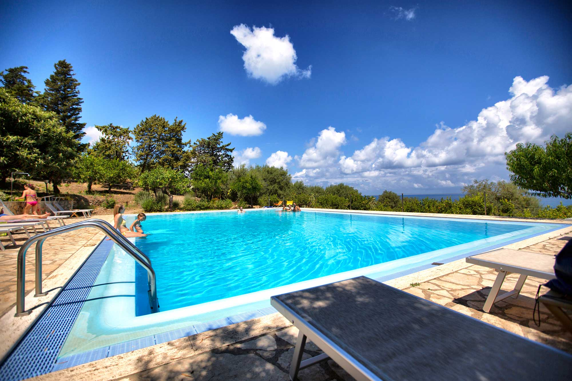 Villa Apartmenst For  Palermo With Pool