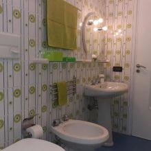 Sea apartments Tindari_loft on the sea bathroom