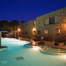 Luxury winery resort Castelbuono_pool