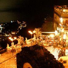 Rooms and apartments Taormina Castelmola_by night