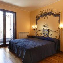 Rooms and apartments Taormina Castelmola_room