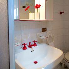 Country B&B Scopello-San Vito_apartment bathroom