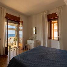 Sea apartments Tindari_loft on the sea bedroom