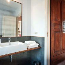 Wine resort Etna East_room Mannera bath
