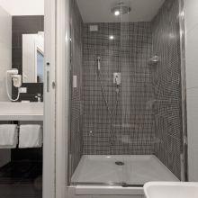 Charme B&B Palermo_superior room bath