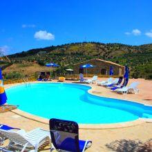 Vacation house Cefalù-Madonie_pool