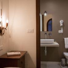 Rooms and apartments Taormina Castelmola_superior room and bath