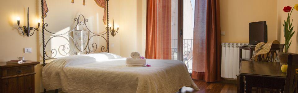 Rooms and apartments Taormina Castelmola_superior room