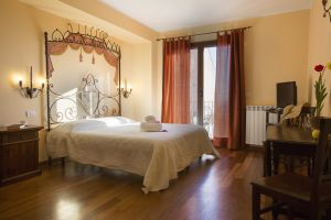 Rooms and apartments Taormina Castelmola_superior room